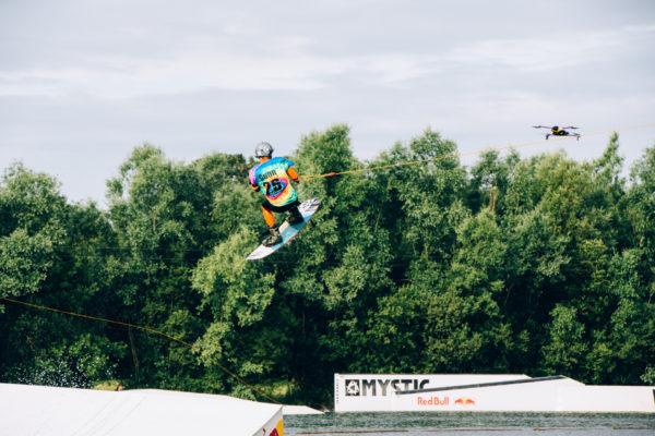 Airdog - Aaron Gunn